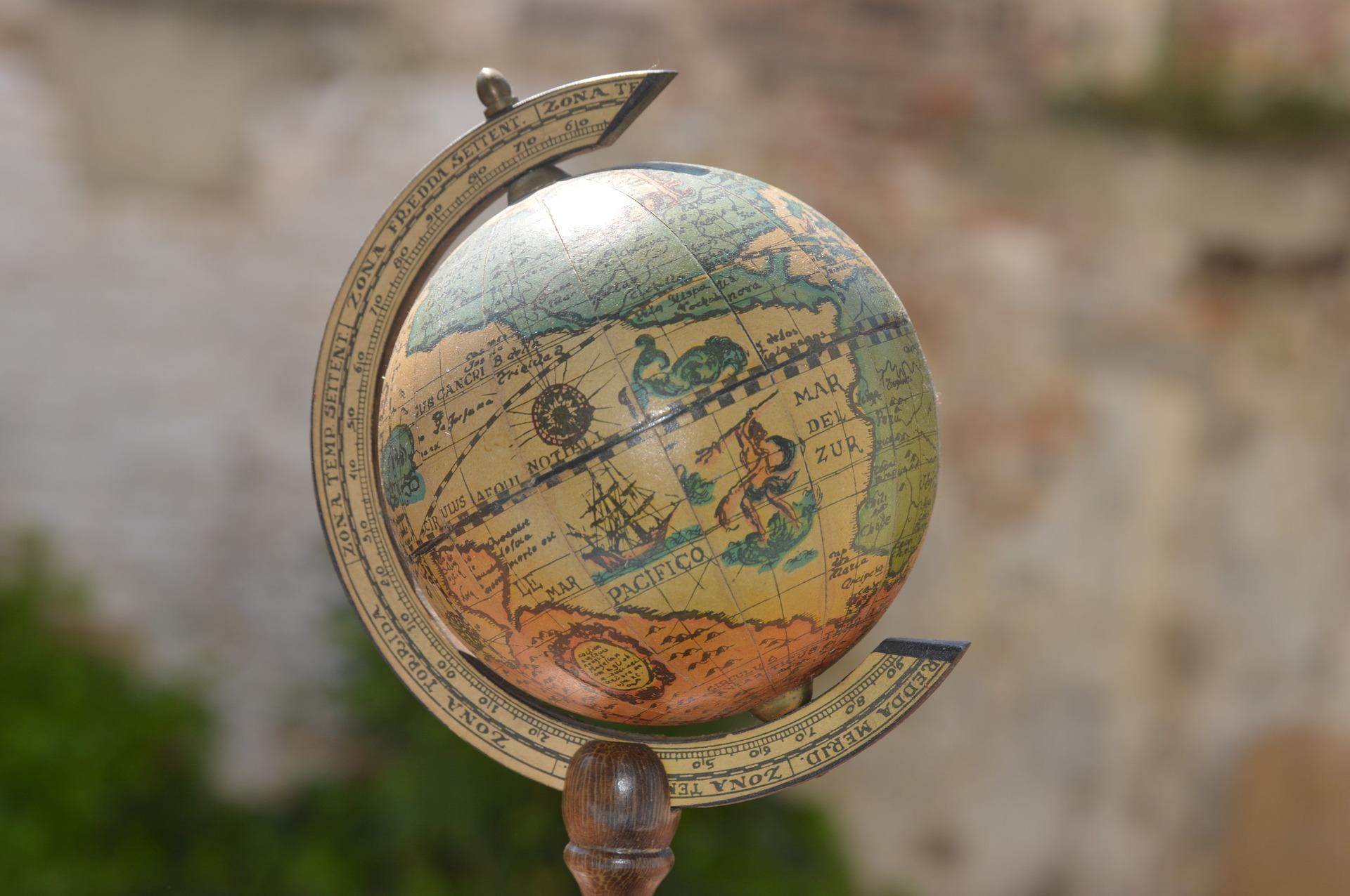 Wereldkaart van hout